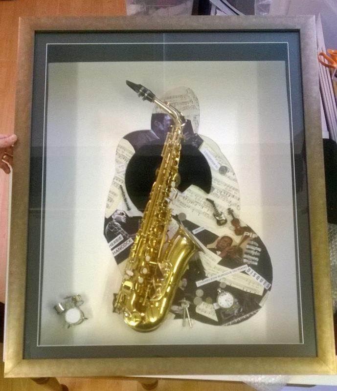 Saxophone Box Frame