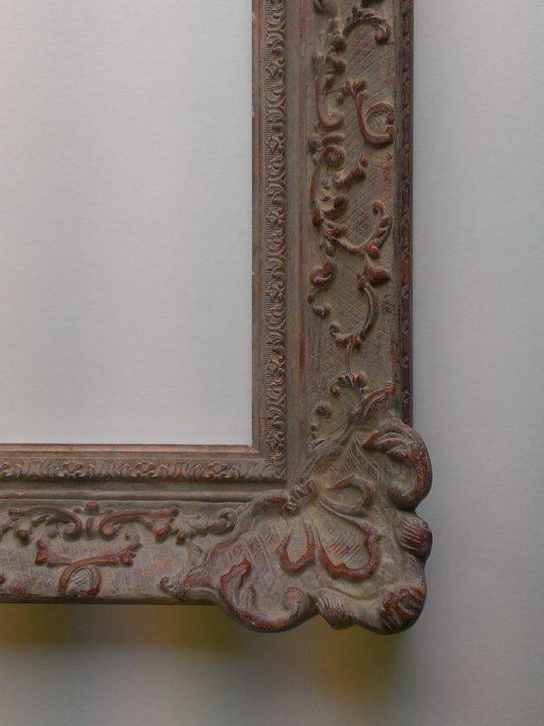 Swept frame Louis XIV